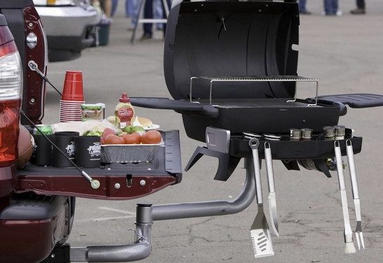 Top 8 Best Tailgate Grills 2020